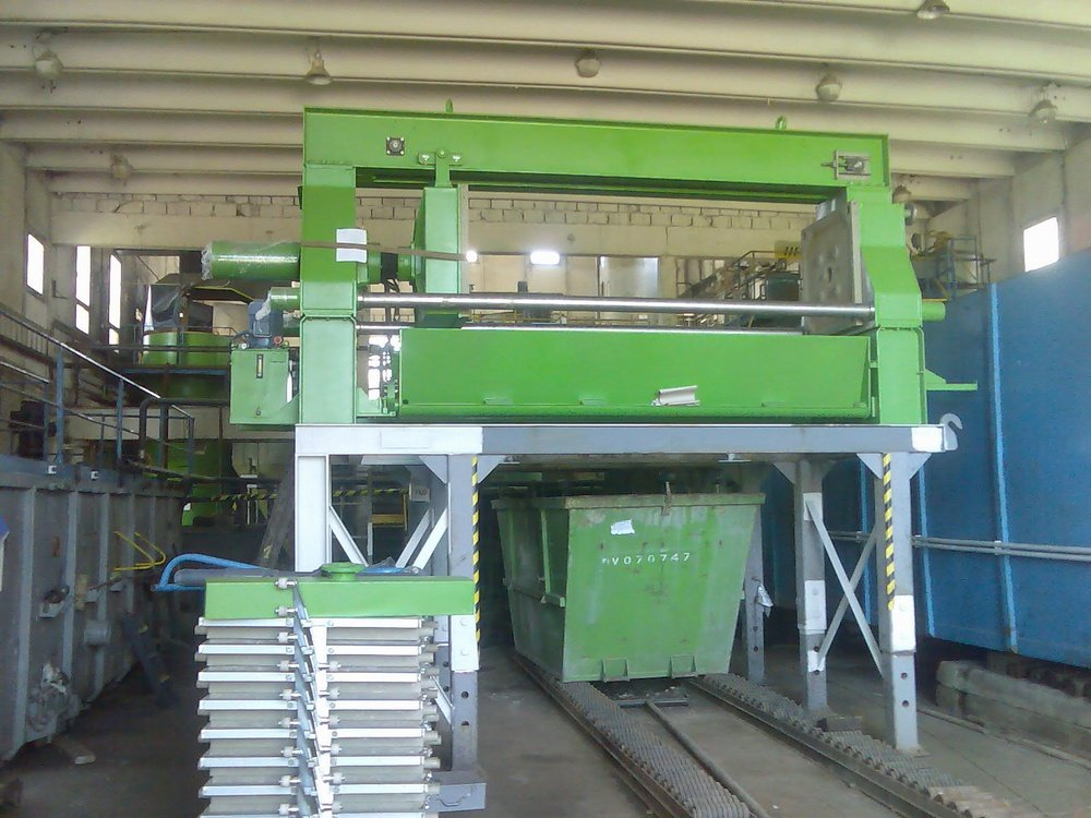 Assembly of filter press<br />SITA CZ Frydek-Mistek.