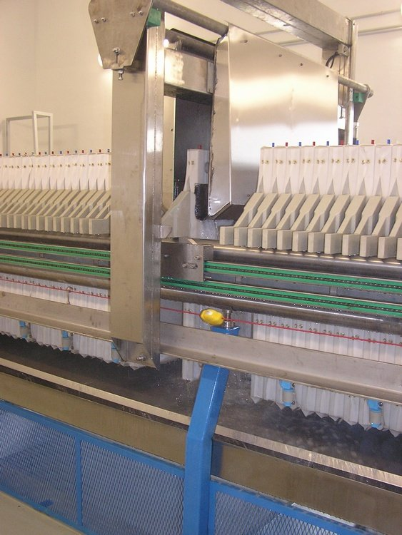 Cloth washer<br />PSA Trnava